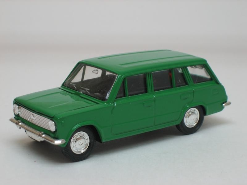 Зелененький ВАЗ 2102