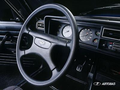 ВАЗ 2105, рулевое колесо
