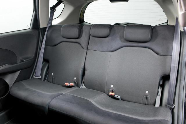 Салон Хонда Джаз 2012