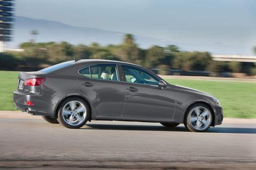 Новый динамичный Лексус IS 350 2012