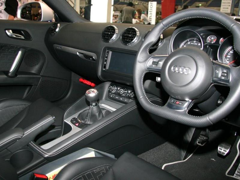 Салон, кпп, руль, консоль Audi TT RS Coupe