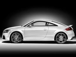 Белый Audi TT RS Coupe вид сбоку