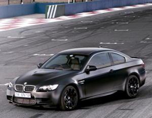 Черный купе BMW M3 Frozen