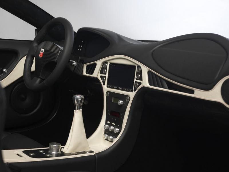 Руль, кпп, консоль GTA Spano