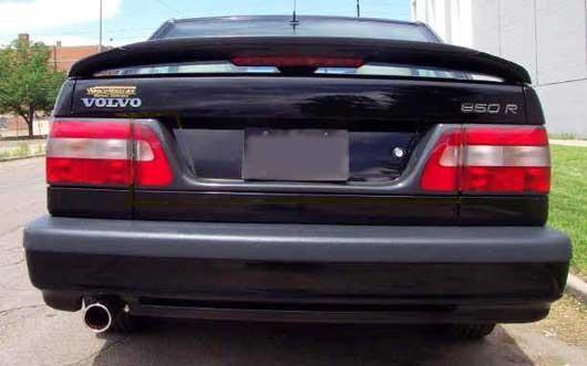 Седан Volvo 850, вид сзади