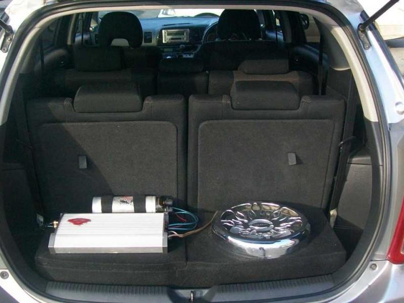 Просторный багажник Toyota Wish