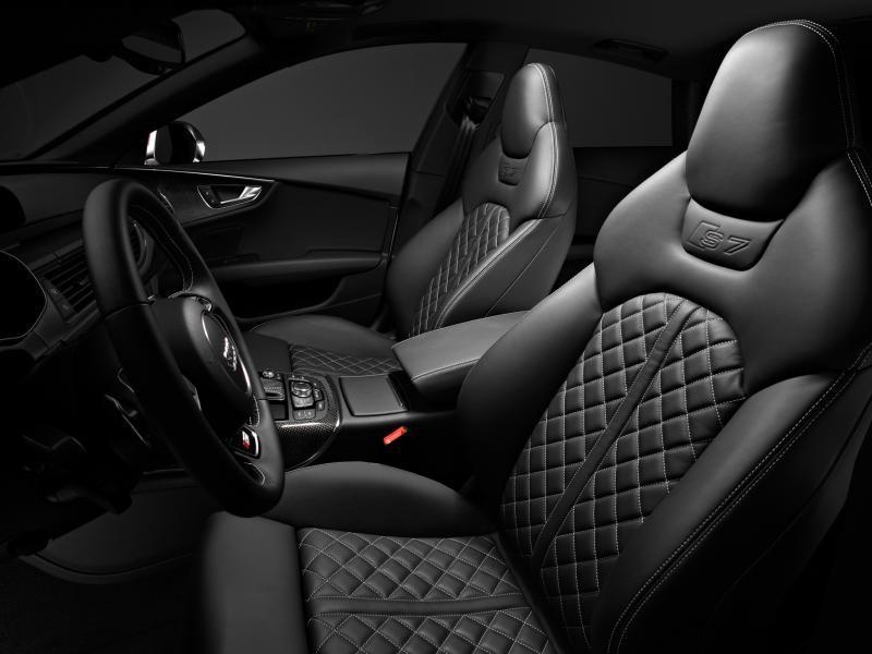 Черный кожаный салон Audi S7 Sportback