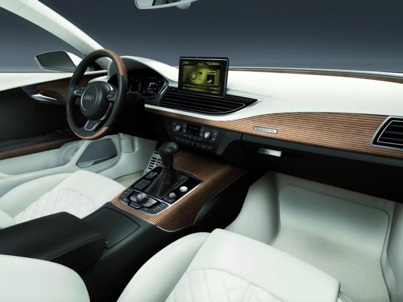 Руль, кпп, белый салон Audi S7 Sportback