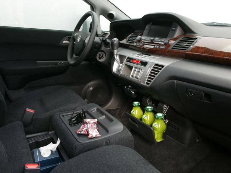 Руль, кпп Honda FR-V