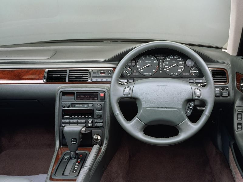 Руль, кпп, приборная панель Honda Inspire