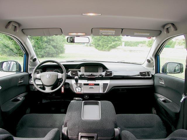 Салон, руль, кпп Honda FR-V