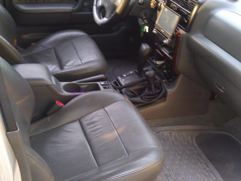Серый кожаный салон, кпп, руль Honda Passport