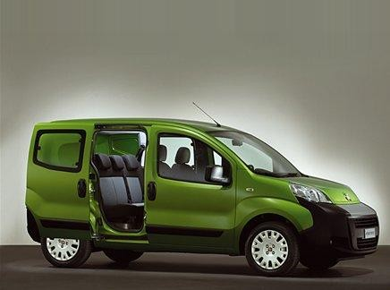 Зеленый Fiat Florino вид сбоку