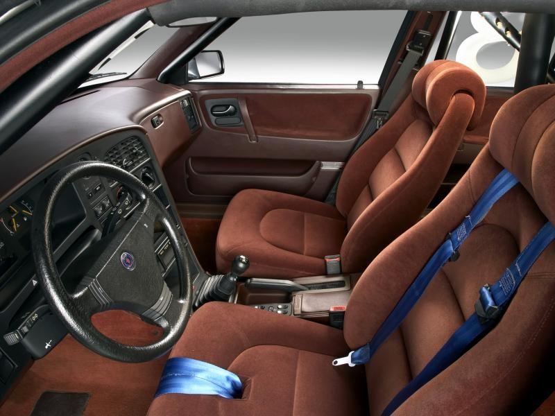 Песочный салон, руль, кпп Saab 9000