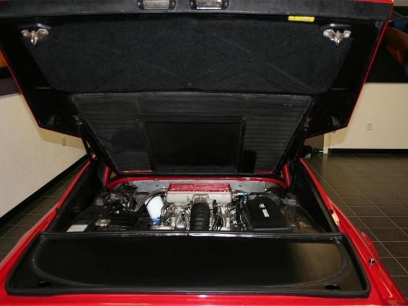 Двигатель купе Ferrari 328