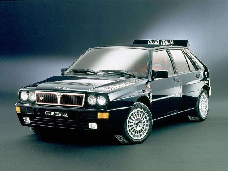 Быстрый хэтчбек Lancia Delta