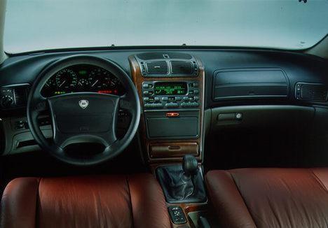 Салон, руль, приборная панель Lancia Kappa