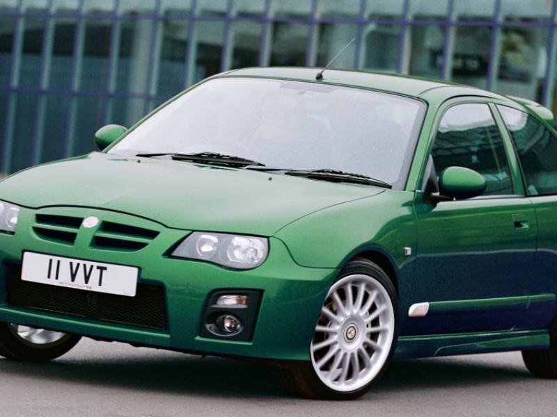 Зеленый хэтчбек MG ZR