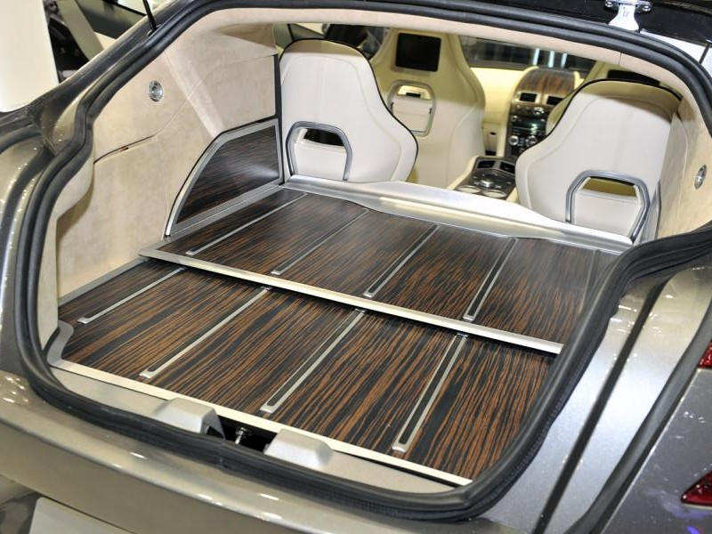 Багажник универсала Aston Martin Rapide Jet 2+2 2013