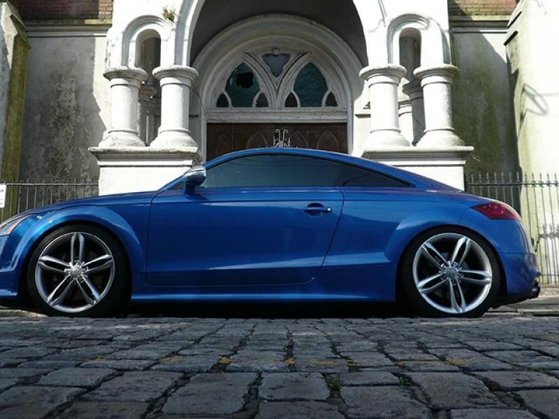 Синий купе APR Audi TT RS stage-3, вид сбоку