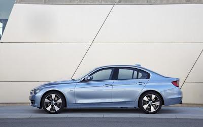 Седан BMW 3-Series ActiveHybrid 2013, вид сбоку