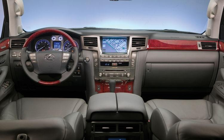 Серый салон, руль, кпп, консоль Lexus 570 LX