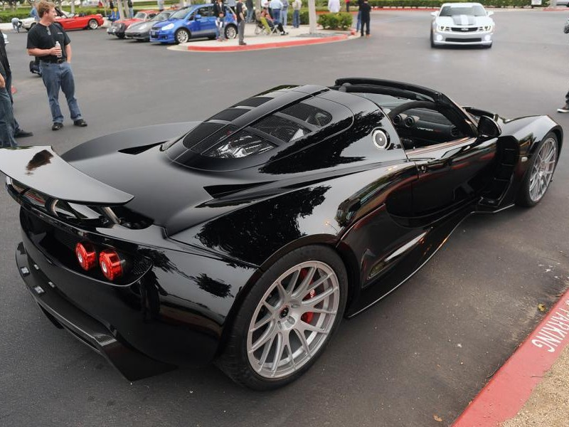 Черный комфортабельный Venom GT Spyder