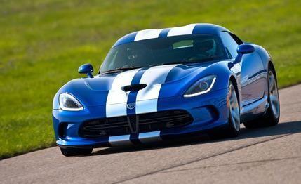 Синий Dodge SRT Viper GTS
