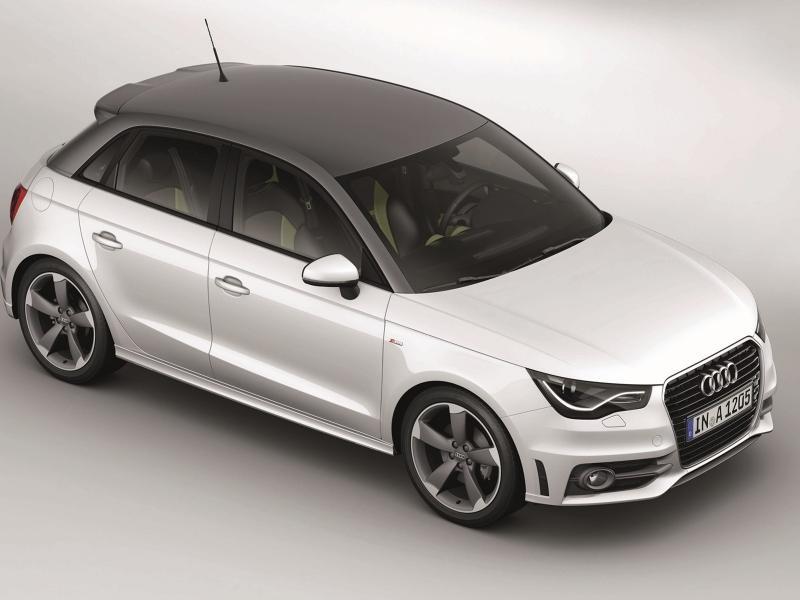 Белый комфортабельный Audi A1 Sportback