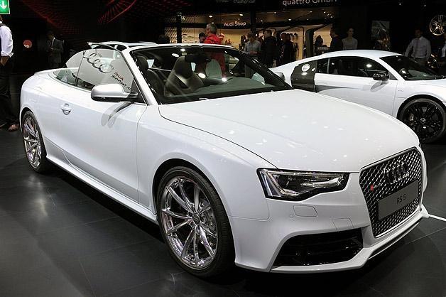 Белый Audi RS5 Cabrio
