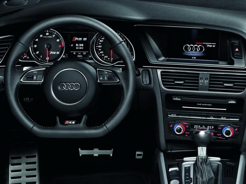 Кпп, руль, консоль Audi RS5 Cabrio