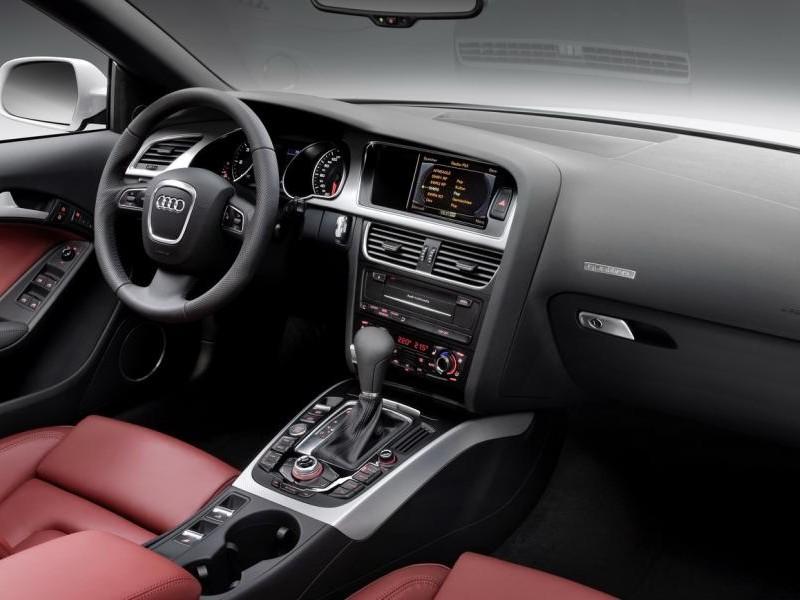Руль, кпп, консоль Audi S5 Cabrio