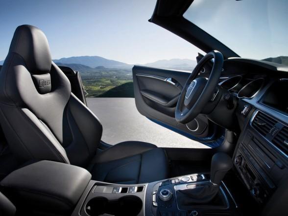 Салон, кпп, консоль Audi S5 Cabrio