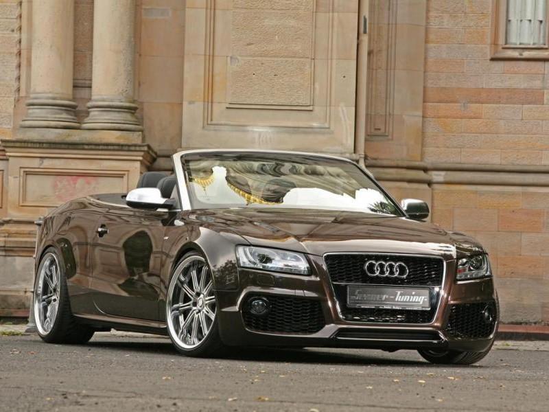 Серебристый практичный Audi A5 Cabrio