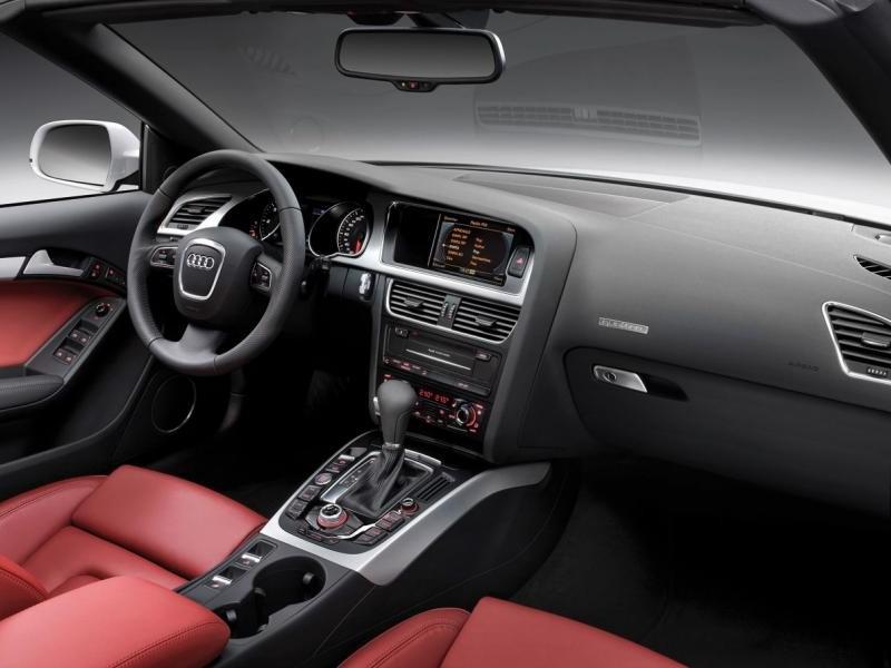 Руль, кпп, салон, консоль Audi A5 Cabrio