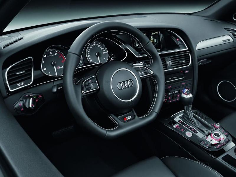 Консоль, руль, кпп Audi S4 Avant