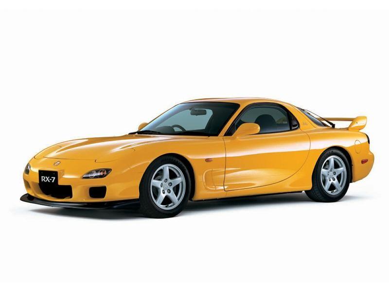 Желтый практичный Mazda RX-7 FD