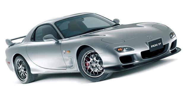 Серибристый Mazda RX-7 FD