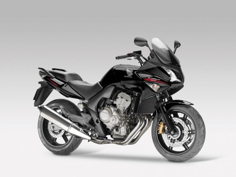 Черный Honda CBF600SA мотоцикл