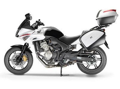 Мотоцикл Honda CBF600SA, вид сбоку