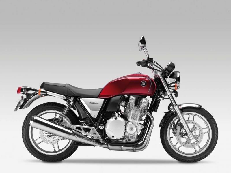 Красный Honda CB1100, мотоцикл, вид сбоку