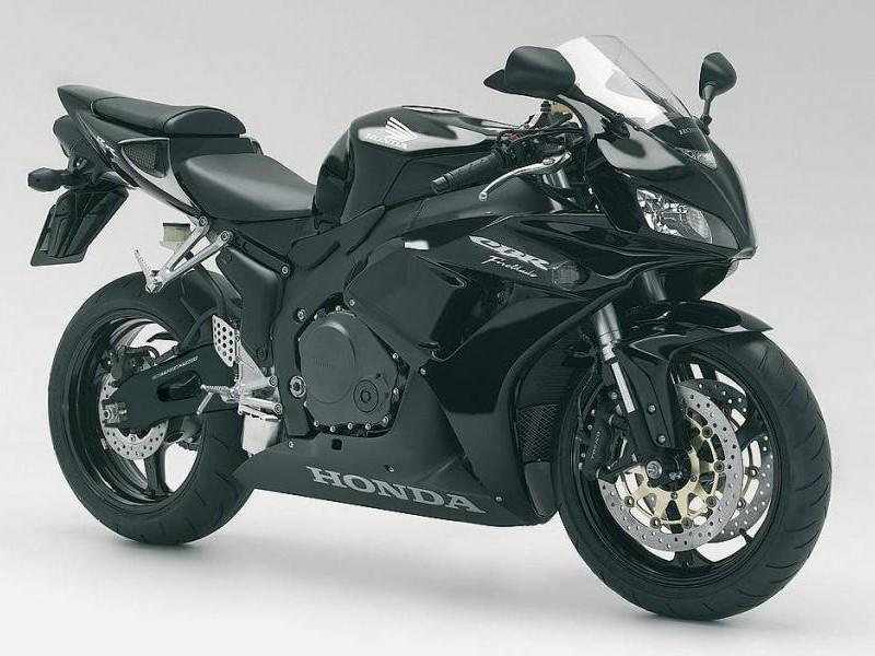 Черный Honda CBR1000RR Fireblade
