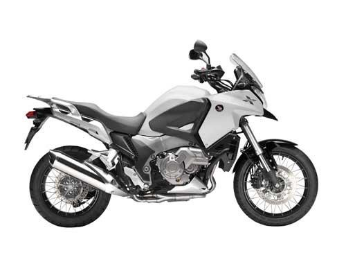 Серебристый Honda VFR1200 XD вид сбоку