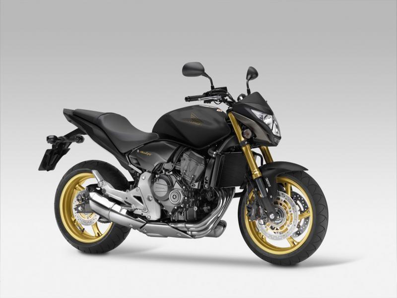 Черный Honda CB600FA Hornet