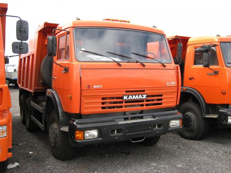 Красный КАМАЗ 65115