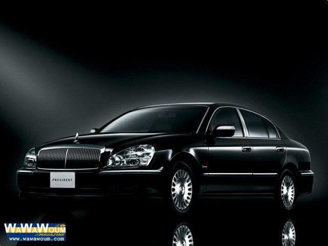 Темный Nissan President