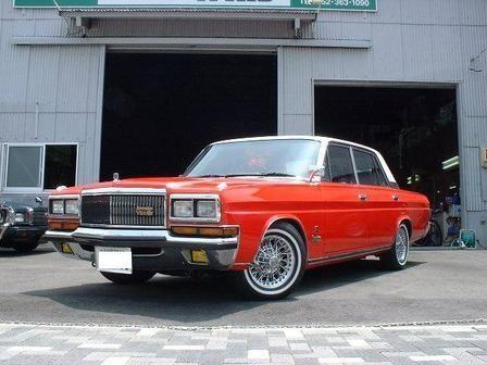Красный  Nissan President