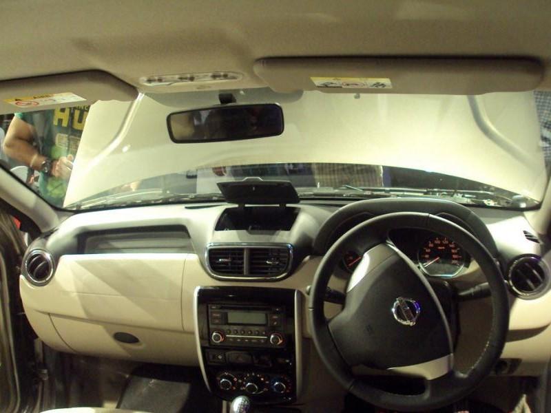Руль, консоль, кпп Nissan Terrano II