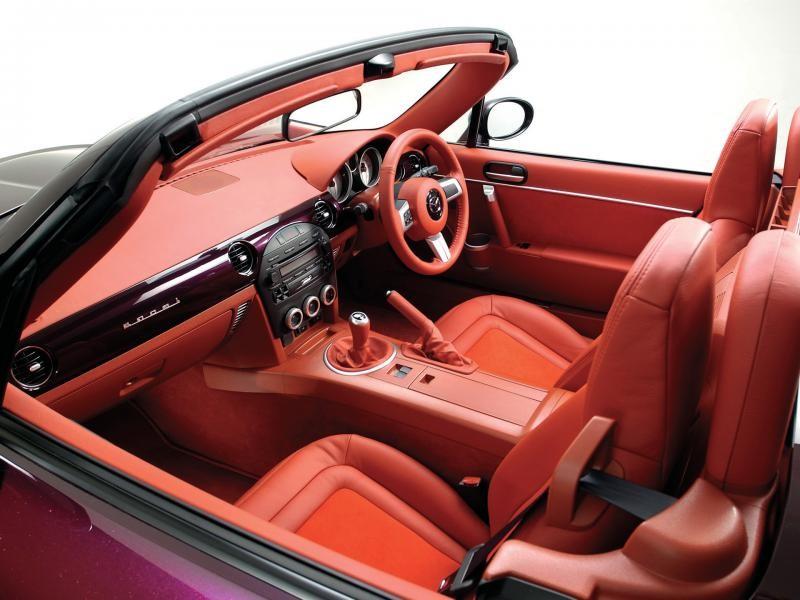 Салон Mazda Roadster