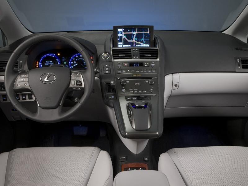 Серый Lexus HS250h: виб сбоку